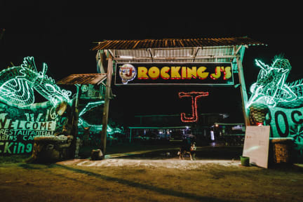 Foto's van Rocking J's Hostel