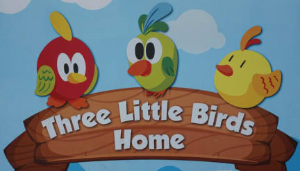 Fotografias de Three Little Birds Home