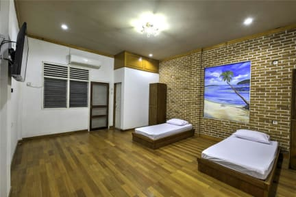 Photos of Riverside Hostel Padang