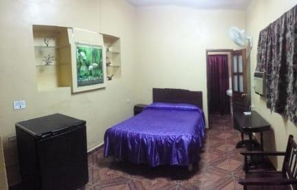 Fotky Fernandez Room Rentals