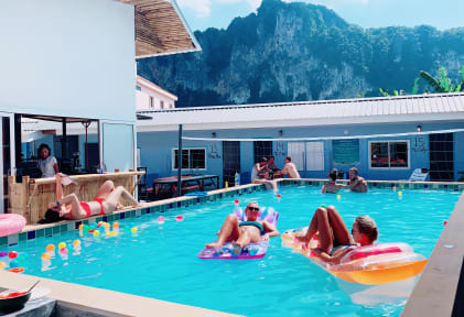 Bodega Ao Nang Party Hostelの写真