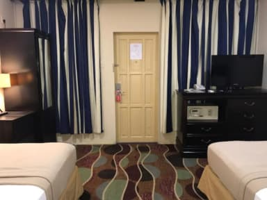 Photos of Airport Suites Hotel