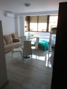 Foton av Mesonhomes Suites Center