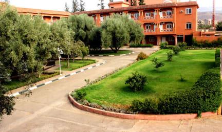 Foton av Hotel al Bassatine
