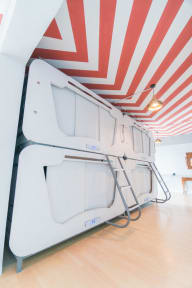 Photos of Seaview Capsule Hotel