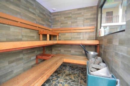 Kuvia paikasta: Phratamnak Inn