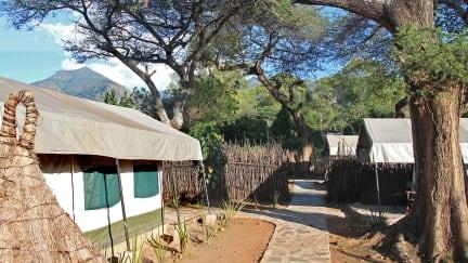 Fotky Kara-Tunga, Karamoja Backpackers & Safari Camp