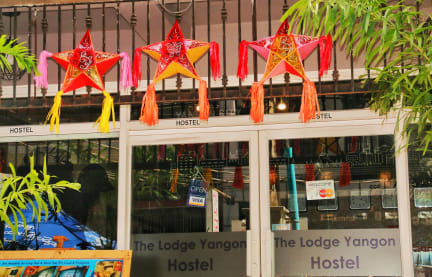 Fotky The Lodge Yangon Hostel