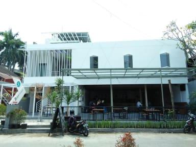 Kuvia paikasta: Selasar Hostel