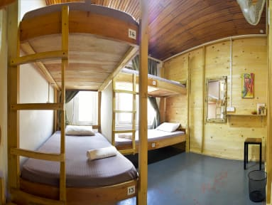 Photos of Jay's Bunks-Kandy Hostel