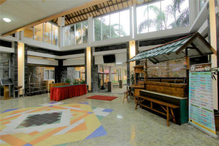 Zdjęcia nagrodzone University Hotel Yogyakarta
