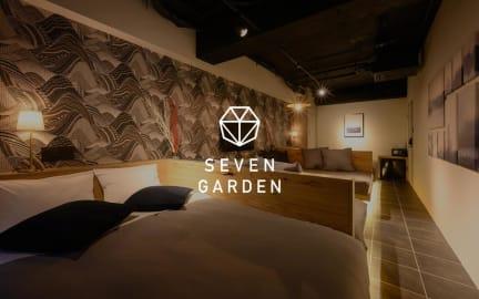 Foto's van Seven Garden