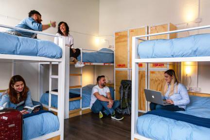 Photos of Pariwana Hostel Santiago