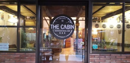 The Cabin Backpackers Hostel & Bar照片