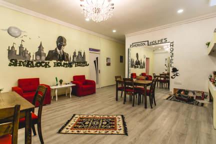 Zdjęcia nagrodzone Sherlock Holmes Hostel Baku