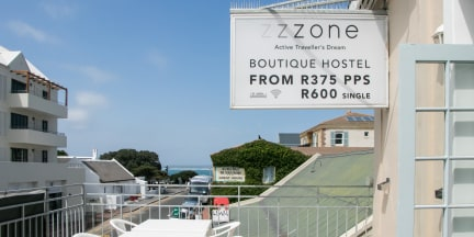 Photos of Zzzone