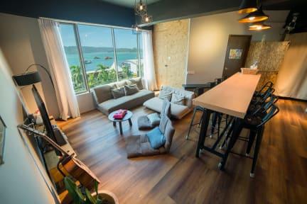 Foto's van Homy Seafront Hostel