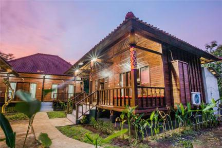Fotky Uma Hostel Nusa Lembongan