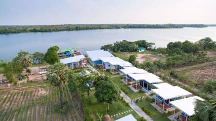 Bluemoon Riverside Resort Ubon Ratchathani照片