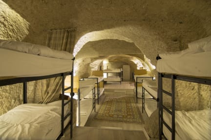 Fotky Kamelya Cave Hostel