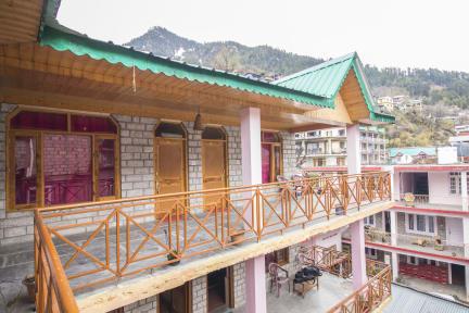 Billeder af Giriraj Guest House