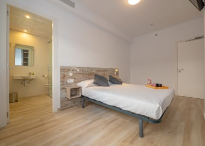 Foto's van Agi Gloria Rooms
