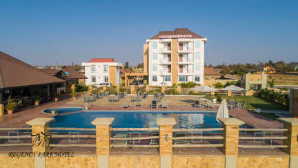 Фотографии Regency Hotel & Resort - Singida