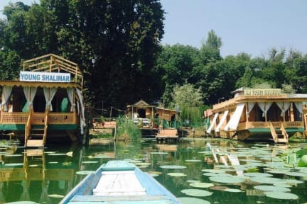 Фотографии Young Shalimar Houseboats