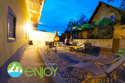 Fotky Enjoy Hostel Bed & Breakfast Lesce, Bled