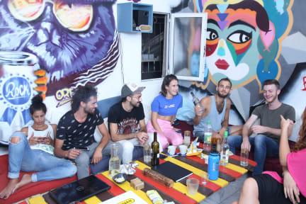Fotografias de Amigos Hostel TLV