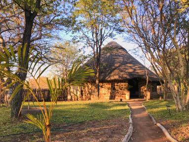 Kuvia paikasta: Dimba Lodge