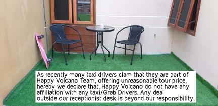 Happy Volcano Backpacker Dorm의 사진