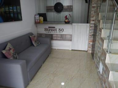 Fotky Street 50 Hotel