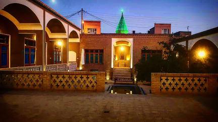 Фотографии Agha Mohammad House