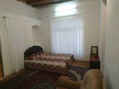 Kuvia paikasta: Kayhan Ghamsar Residence (باغ کیهان)