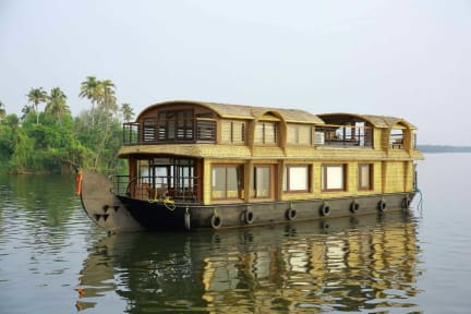 Photos of Cosy Houseboats