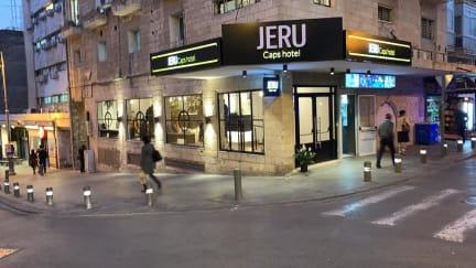 Zdjęcia nagrodzone Jeru Caps Hotel