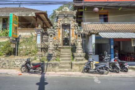 Фотографии RedDoorz Hostel near Ubud Palace