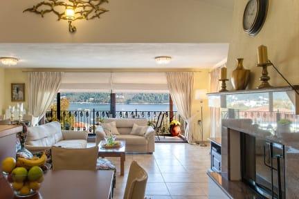 Фотографии Luxury TownHouse