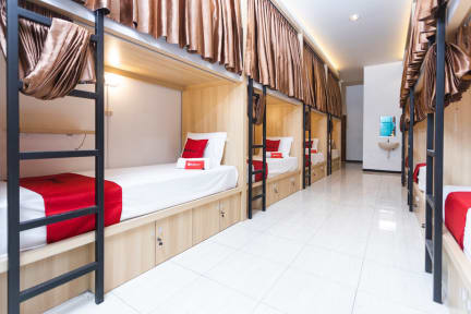 Фотографии RedDoorz Hostel @ Malang City Center
