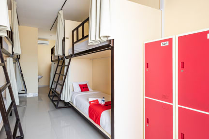 Photos de RedDoorz Hostel @ Raya Canggu