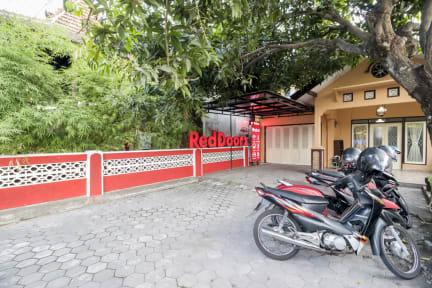 Kuvia paikasta: RedDoorz Hostel near Alun Alun Selatan Jogja