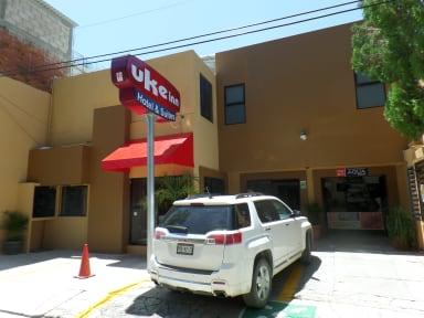 Uke Inn Hotel & Suitesの写真