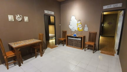 Fotos von RedDoorz Hostel near Malang Train Station 3