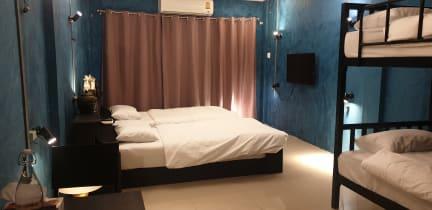 Billeder af The Stay Cafe Hostel