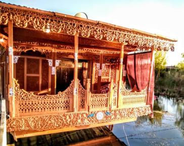 Fotografias de Houseboat Khan Palace