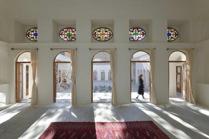 Фотографии Yakhchal House