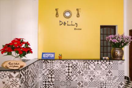 Photos of Dolly Home