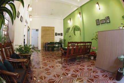 Flora Hostel照片