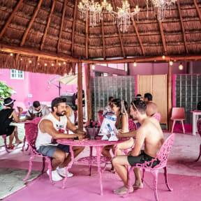 Beer Hostel by Mala Vecindadの写真